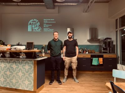 Simon Kraft und Christopher Kurth beim WordPress For Future Meetup im Februar 2020